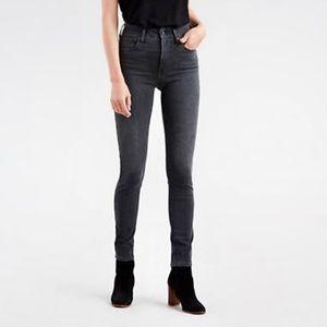 💫Levi's 721 High Rise Skinny Jean